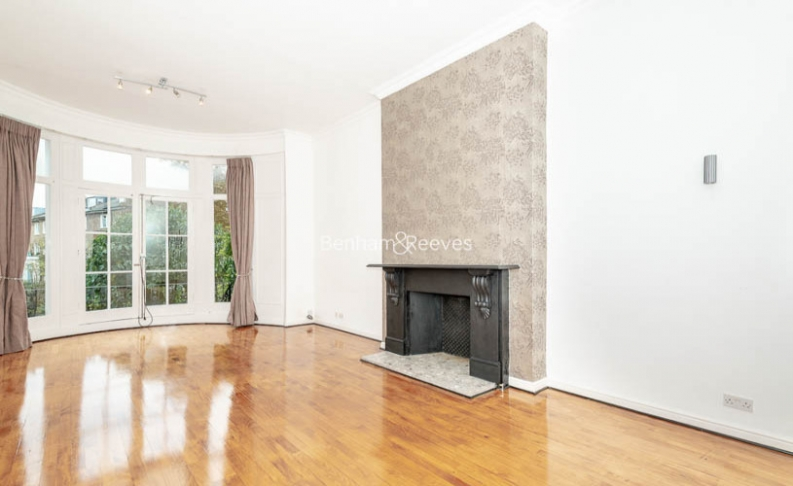 3 bedroom(s) flat to rent in Belsize Park, Hampstead, NW3-image 4