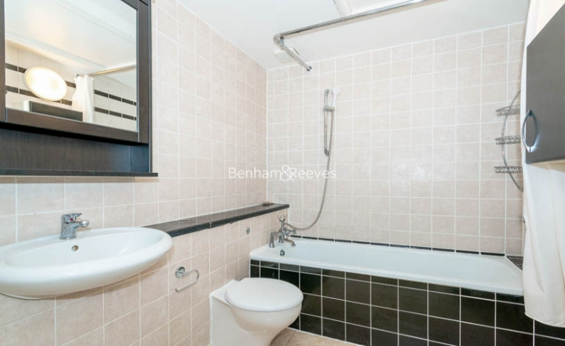 3 bedroom(s) flat to rent in Belsize Park, Hampstead, NW3-image 13