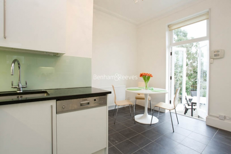 3 bedroom(s) flat to rent in Downside Crescent, Hampstead, NW3-image 2