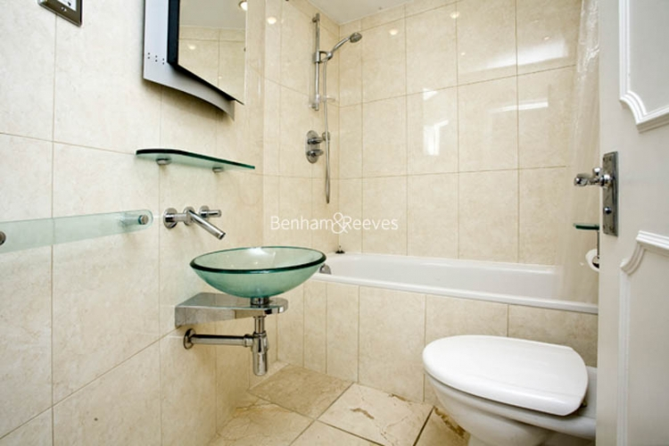 3 bedroom(s) flat to rent in Downside Crescent, Hampstead, NW3-image 5