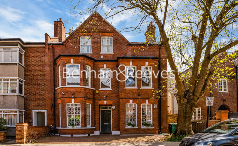 3 bedroom(s) flat to rent in Downside Crescent, Hampstead, NW3-image 6
