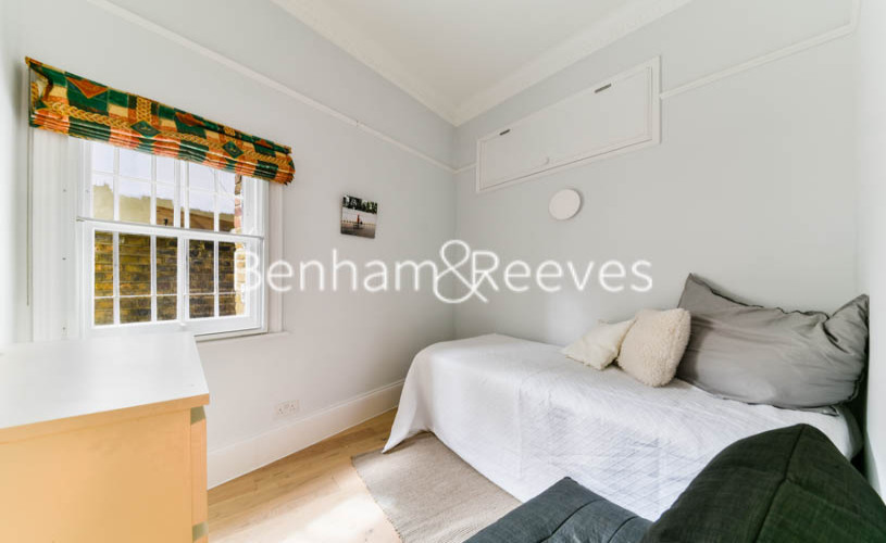 3 bedroom(s) flat to rent in Downside Crescent, Hampstead, NW3-image 7