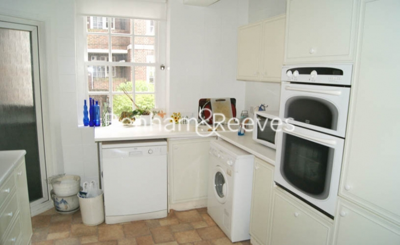2 bedroom(s) flat to rent in Greenhill, Hampstead, NW3-image 2