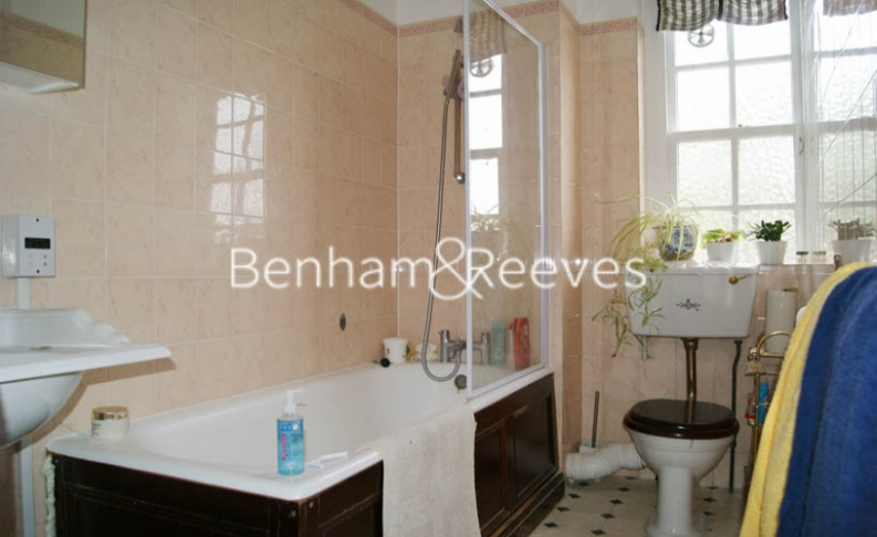 2 bedroom(s) flat to rent in Greenhill, Hampstead, NW3-image 4