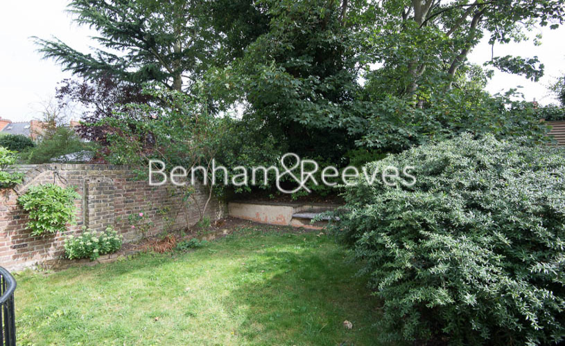3 bedroom(s) flat to rent in South Hill Park, Hampstead, NW3-image 5