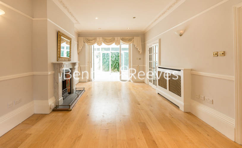 3 bedroom(s) flat to rent in South Hill Park, Hampstead, NW3-image 12