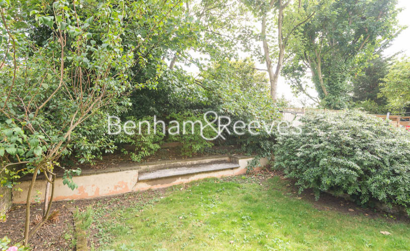 3 bedroom(s) flat to rent in South Hill Park, Hampstead, NW3-image 15