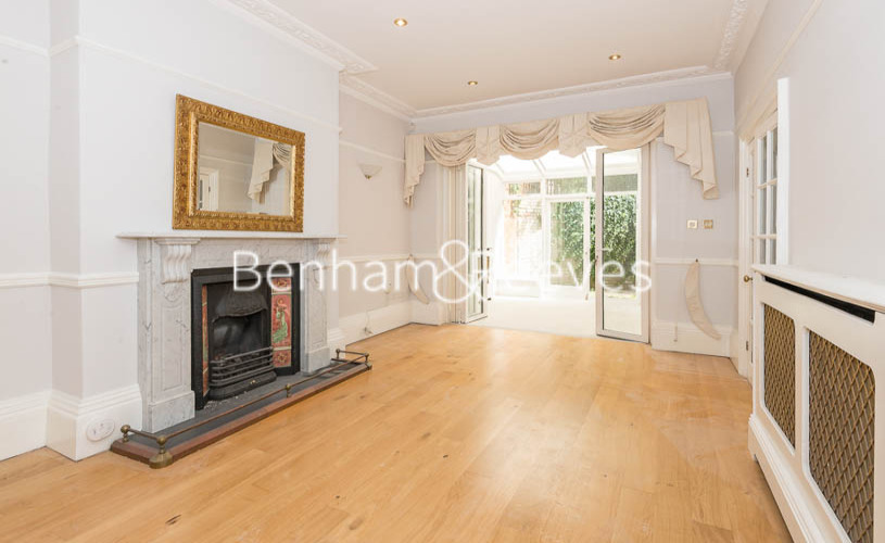 3 bedroom(s) flat to rent in South Hill Park, Hampstead, NW3-image 16