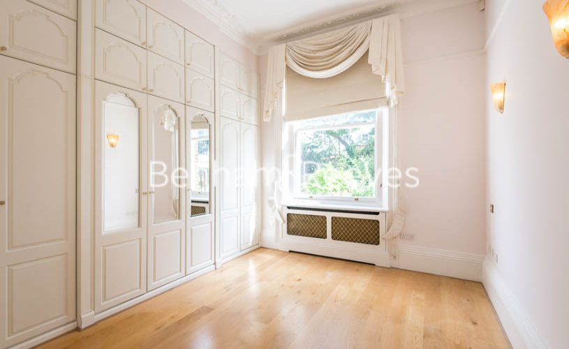 3 bedroom(s) flat to rent in South Hill Park, Hampstead, NW3-image 17