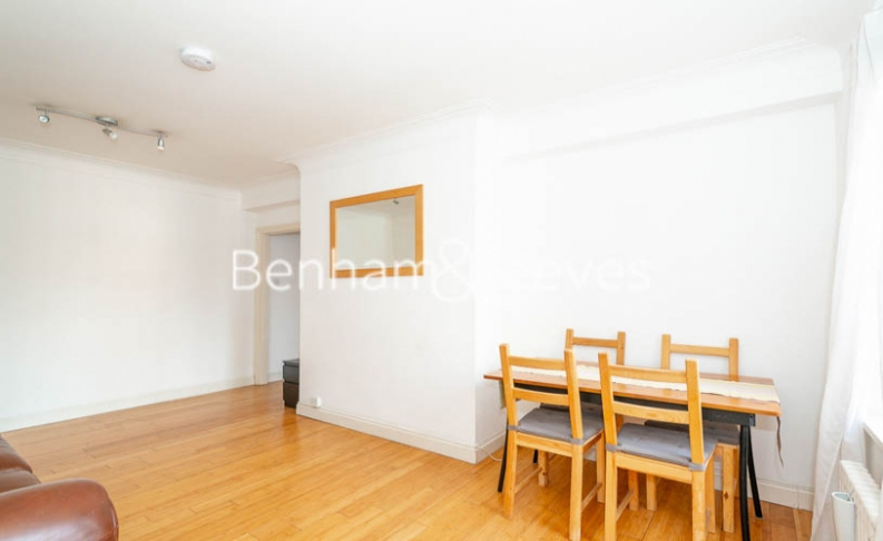 2 bedroom(s) flat to rent in Prince Arthur Road, Hampstead, NW3-image 3