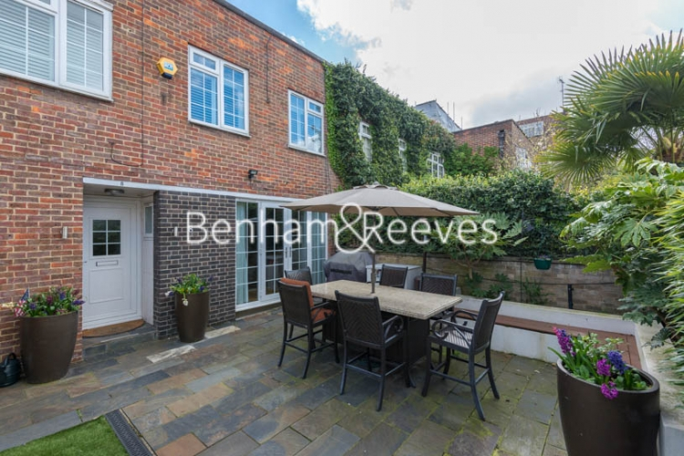 3 bedroom(s) house to rent in Randolph Avenue, Maida Vale, W9-image 2