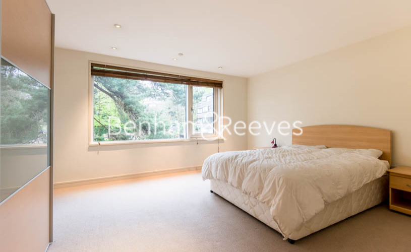 4 bedroom(s) house to rent in Oakhill Park Mews, Hampstead, NW3-image 4