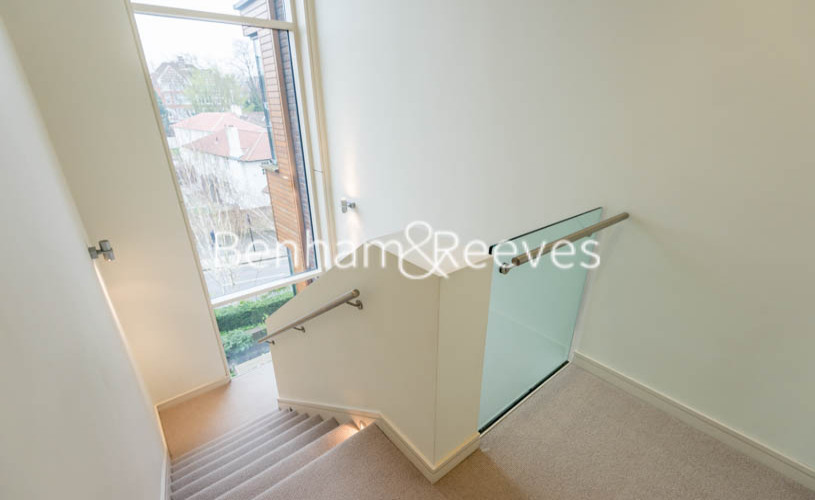 4 bedroom(s) house to rent in Oakhill Park Mews, Hampstead, NW3-image 6