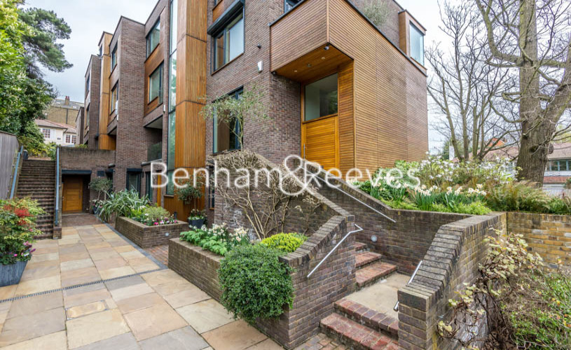 4 bedroom(s) house to rent in Oakhill Park Mews, Hampstead, NW3-image 7