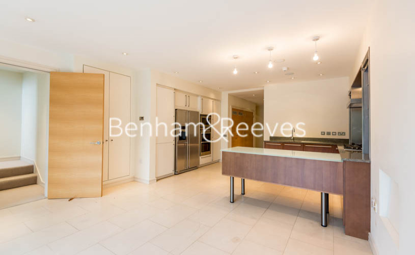 4 bedroom(s) house to rent in Oakhill Park Mews, Hampstead, NW3-image 9