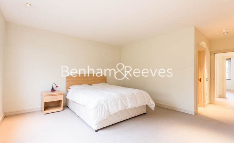 4 bedroom(s) house to rent in Oakhill Park Mews, Hampstead, NW3-image 11