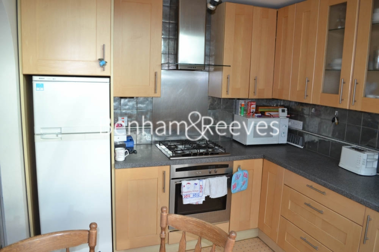 2 bedroom(s) flat to rent in Rosslyn Hill, Hampstead, NW3-image 2