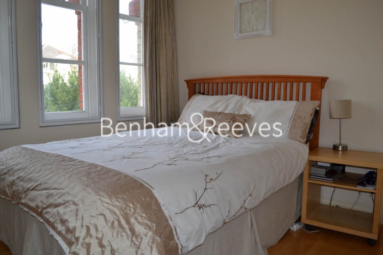 2 bedroom(s) flat to rent in Rosslyn Hill, Hampstead, NW3-image 3