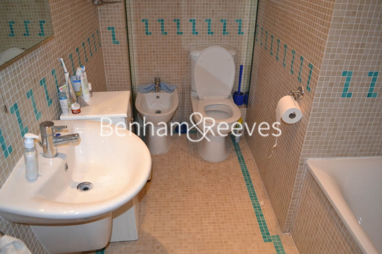 2 bedroom(s) flat to rent in Rosslyn Hill, Hampstead, NW3-image 4