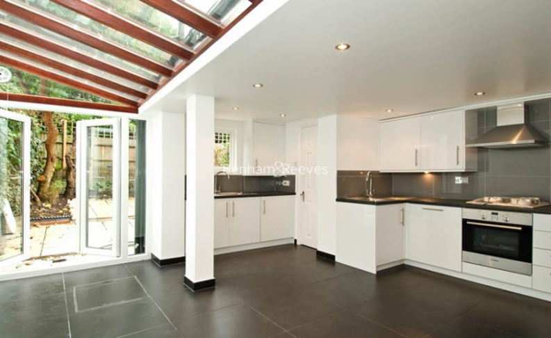 3 bedroom(s) house to rent in St John's Wood Terrace, St John's Wood, NW8-image 3
