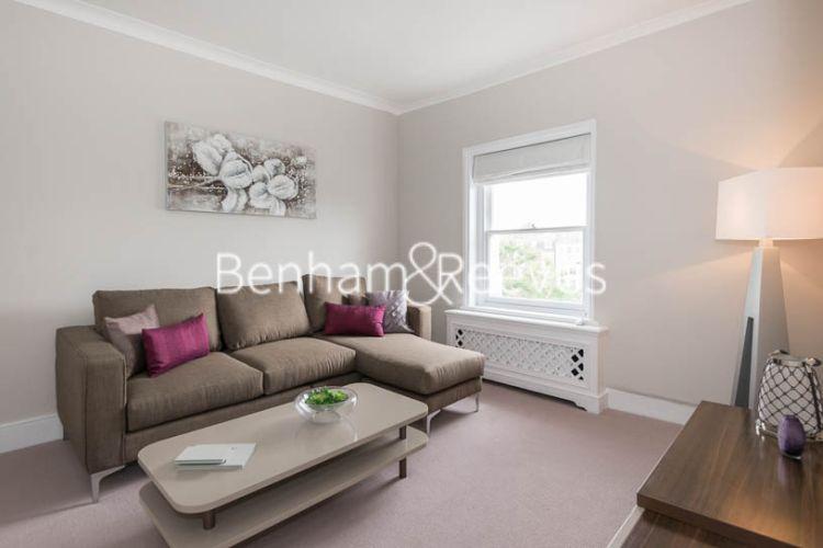 1 bedroom(s) flat to rent in Cadogan Place, Belgravia, SW1X-image 1