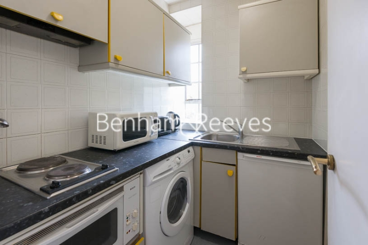 1 bedroom(s) flat to rent in Chelsea Cloisters, Sloane Avenue, SW3-image 2