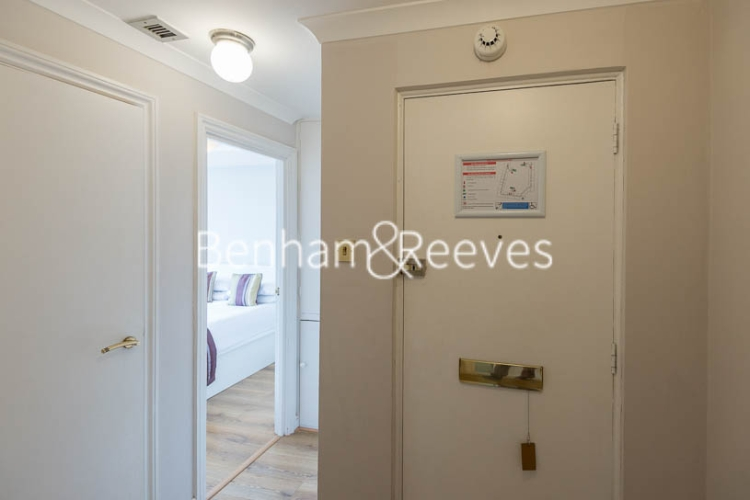 1 bedroom(s) flat to rent in Chelsea Cloisters, Sloane Avenue, SW3-image 7