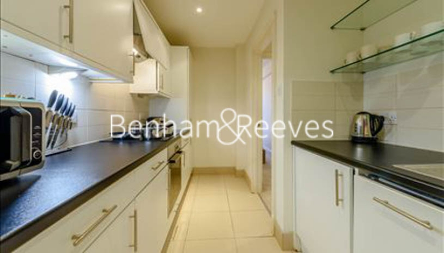 2 bedroom(s) flat to rent in Pelham Court, Fulham Road, SW3-image 2