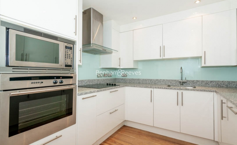 2 bedroom(s) flat to rent in Beauchamp Place, Knightsbridge, SW3-image 2