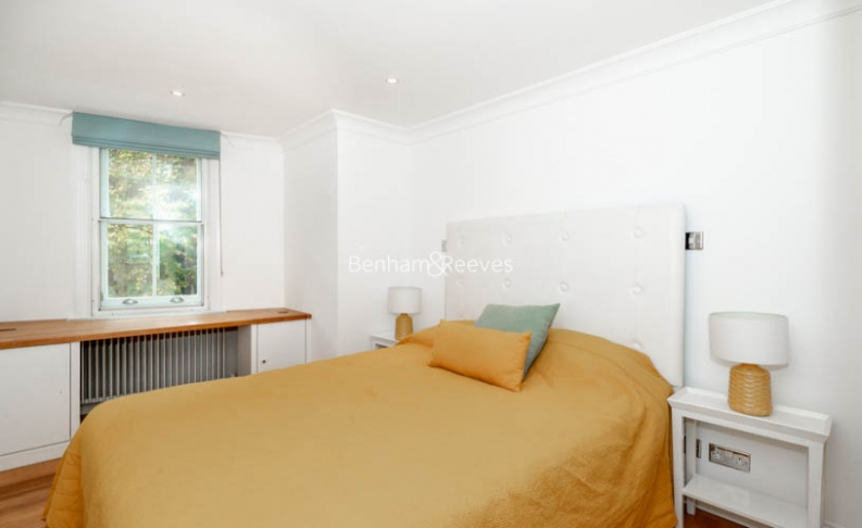 2 bedroom(s) flat to rent in Beauchamp Place, Knightsbridge, SW3-image 3