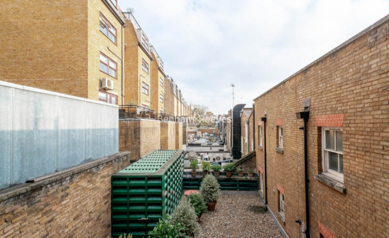 2 bedroom(s) flat to rent in Beauchamp Place, Knightsbridge, SW3-image 5