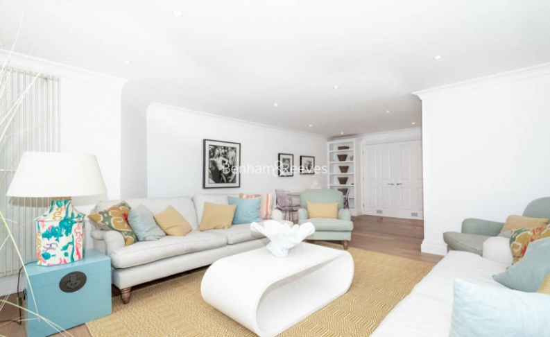 2 bedroom(s) flat to rent in Beauchamp Place, Knightsbridge, SW3-image 11