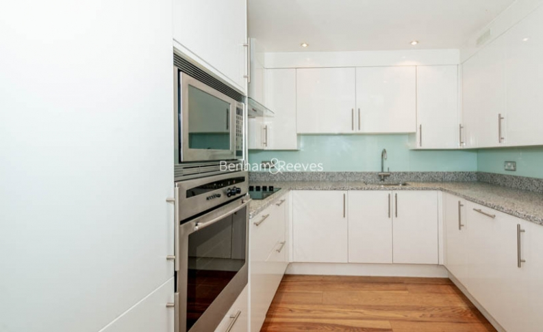 2 bedroom(s) flat to rent in Beauchamp Place, Knightsbridge, SW3-image 16