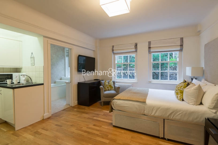 Studio flat to rent in Pelham Court, Fulham Road, Chelsea, SW3-image 6