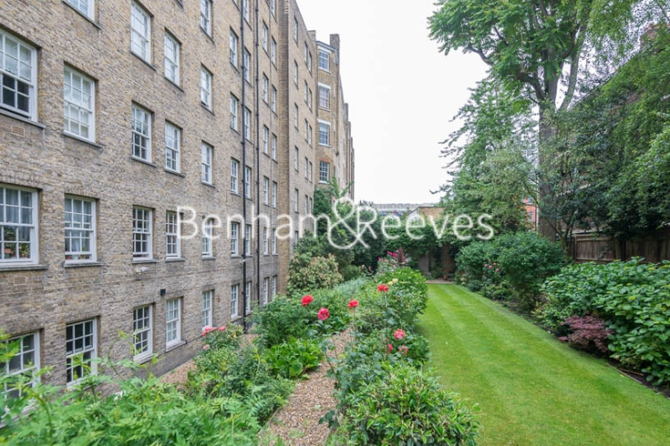 2 bedroom(s) flat to rent in Pelham Court, Fulham Road, Chelsea, SW3-image 9