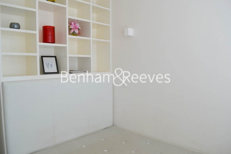 1 bedroom(s) flat to rent in Beaufort Gardens, Knightsbridge, SW3-image 3