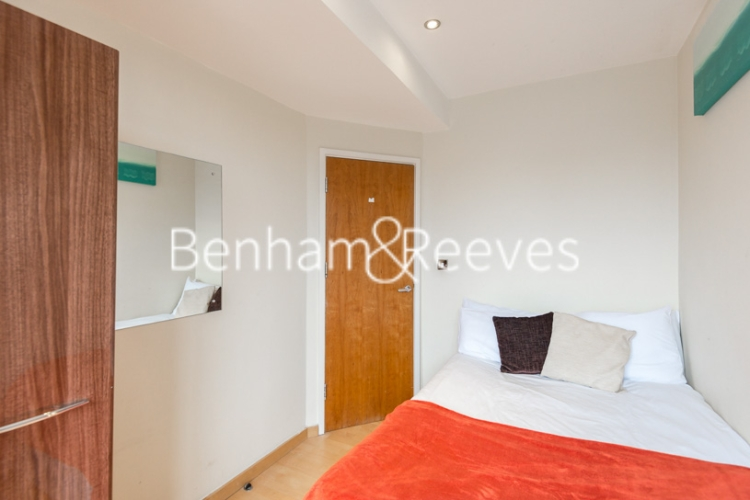 2 bedroom(s) flat to rent in Roland House, South Kensington, SW7-image 10