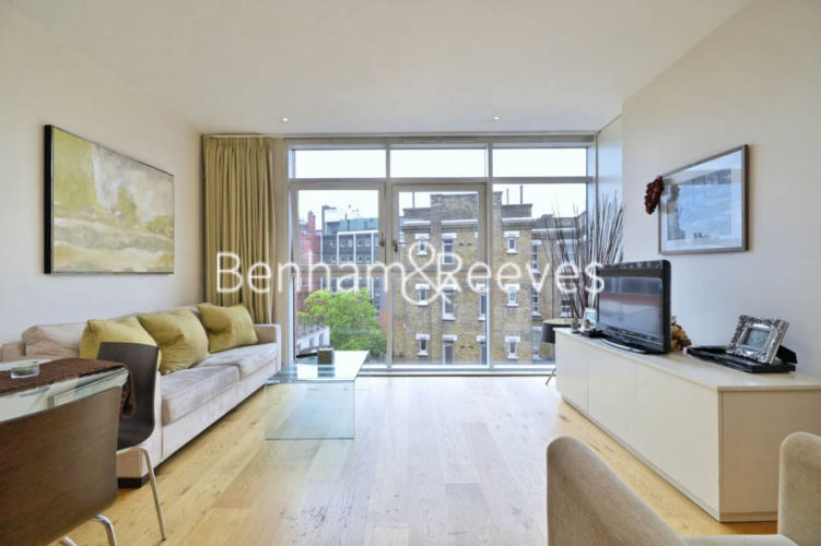 1 bedroom(s) flat to rent in Hepworth Court, Grosvenor Waterside, SW1-image 1