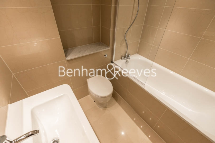4 bedroom(s) house to rent in Charles II Place, King's Road, Chelsea, SW3-image 9