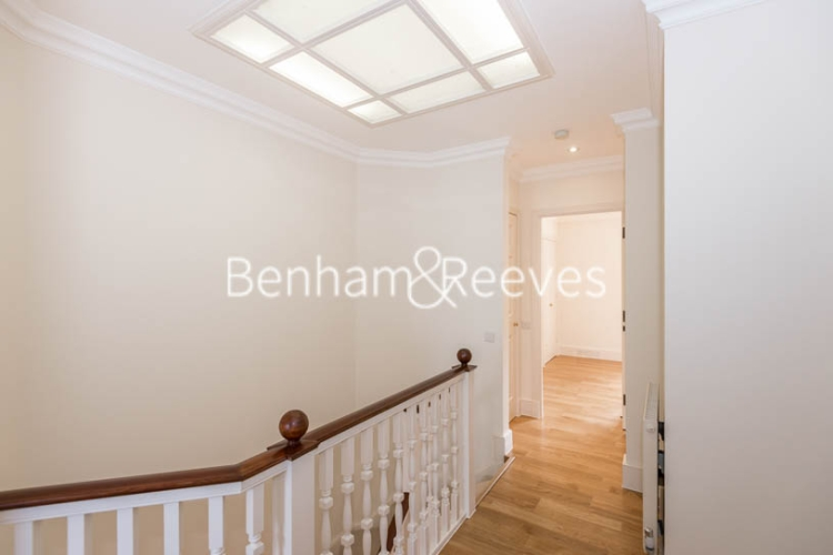 4 bedroom(s) house to rent in Charles II Place, King's Road, Chelsea, SW3-image 11