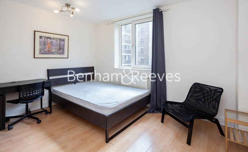 Studio flat to rent in Chelsea Cloisters, Sloane Avenue, SW3-image 1