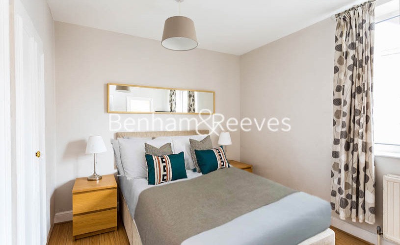Studio flat to rent in Chelsea Cloisters, Chelsea, SW3-image 1