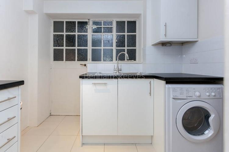 2 bedroom(s) flat to rent in Pelham Court, Fulham Road, Chelsea, SW3-image 12