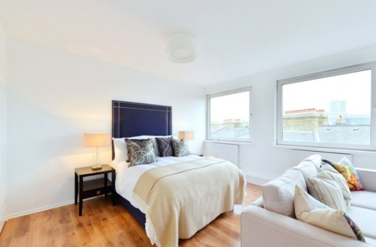 Studio flat to rent in Luke House, Abbey Orchard Street SW1P-image 1
