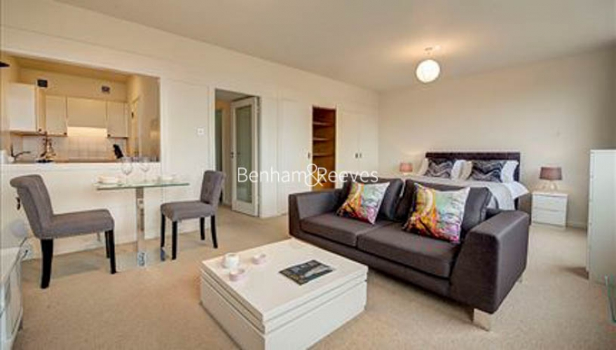Studio flat to rent in Luke House, Abbey Orchard Street, Victoria, SW1P-image 1
