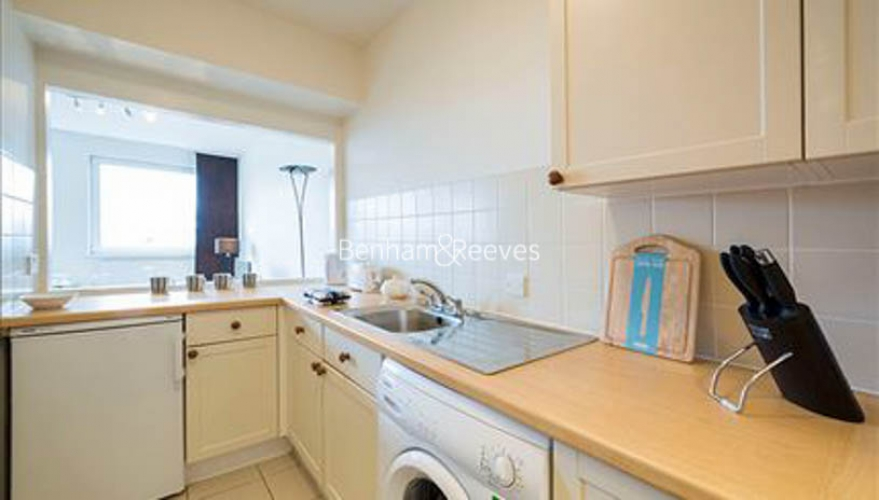 Studio flat to rent in Luke House, Abbey Orchard Street, Victoria, SW1P-image 2