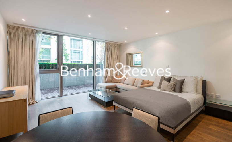 Studio flat to rent in The Knightsbridge Apartments SW7-image 1