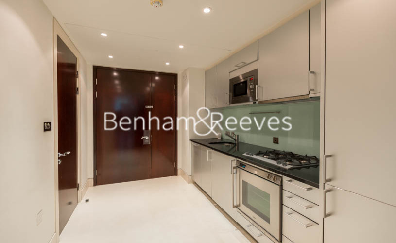 Studio flat to rent in The Knightsbridge Apartments SW7-image 6