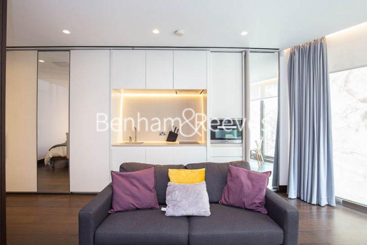 Studio flat to rent in Kings Gate Walk, Victoria, SW1E-image 1