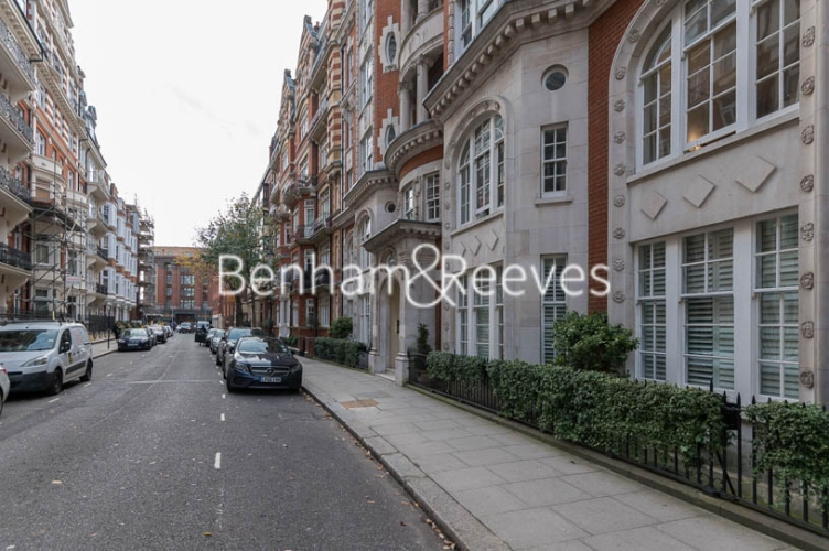 2 bedroom(s) flat to rent in Lincoln House, Knightsbridge SW3-image 11
